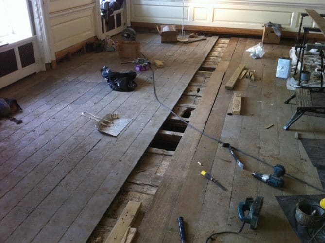 Oak flooring restoration - lifting the boards