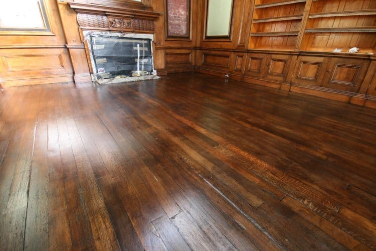 Oak floor - restored floor