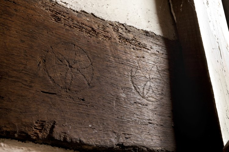Marks found in the basement of Shakespeare